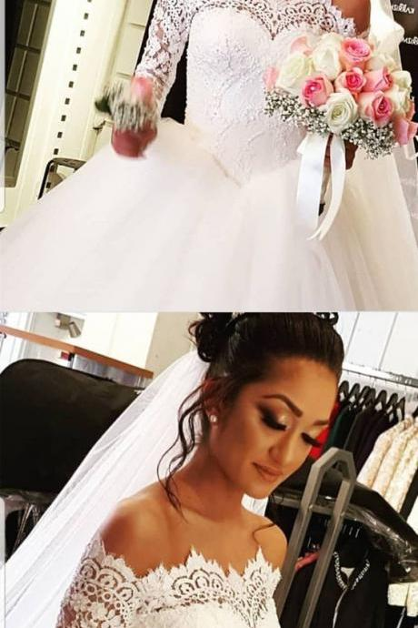 Vintage Lace Long Sleeves Tulle Ball Gowns Wedding Dresses Off The Shoulder Wedding Dress M3046