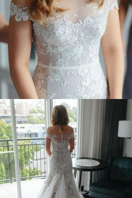 Mermaid Off-the-Shoulder Court Train Ivory Tulle Wedding Dress with Appliques M3090
