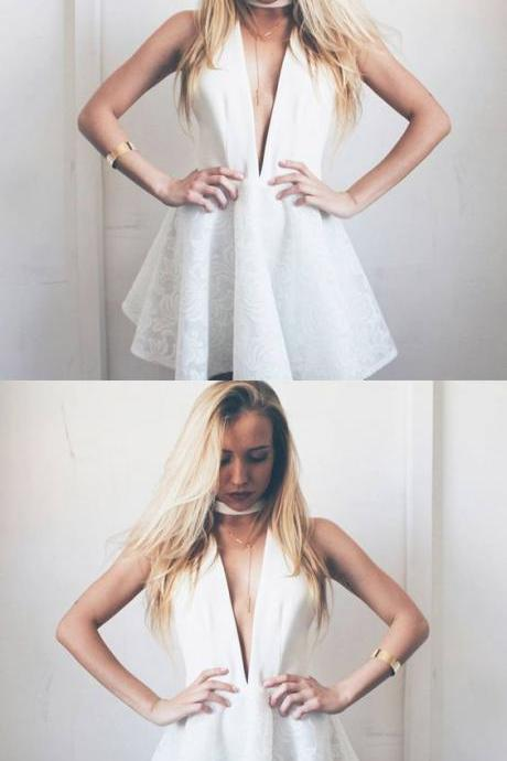 A-Line Deep V-Neck White Homecoming Dress with Lace M4476