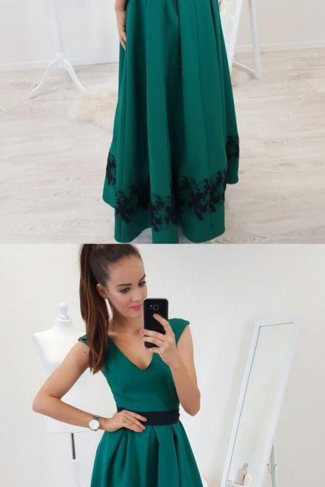 A-Line V-Neck Cap Sleeves Floor-Length Dark Green Prom Dress with Lace Pleats M4690