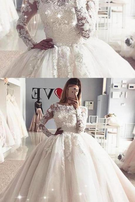 Exquisite Tulle Bateau Neckline Ball Gown Wedding Dress With Lace Appliques & Beadings M5084