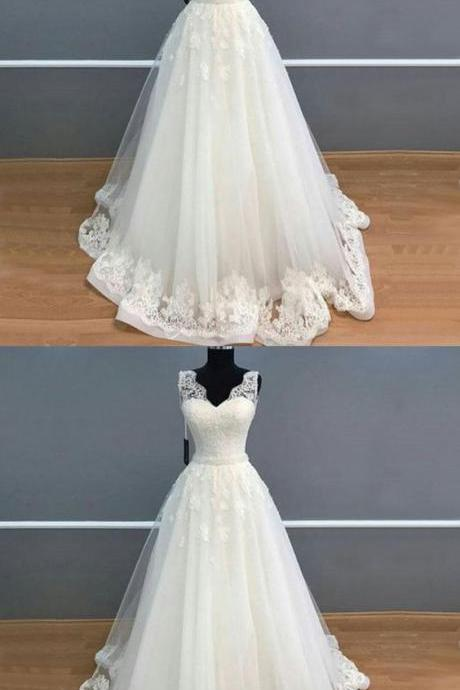 Elegant A Line V Neck Long White Lace Tulle Wedding/Prom Dress M5428
