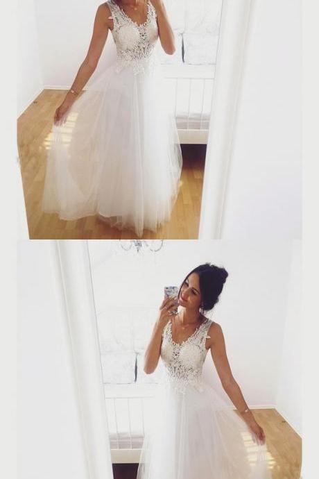 A-Line Sleeveless White Tulle Prom Dress With Lace Appliques M5567