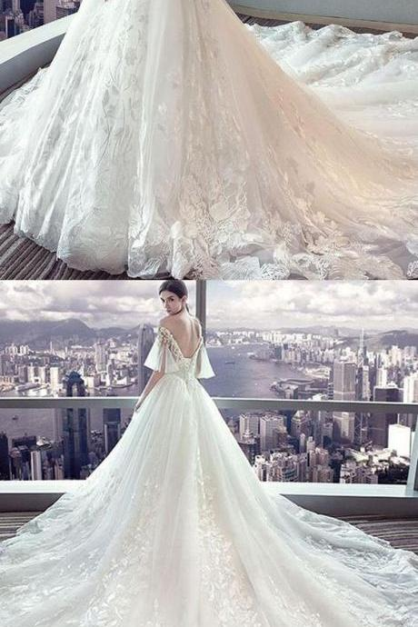 Fantastic Tulle Off-the-shoulder Neckline Ball Gown Wedding Dress With Lace Appliques & Beadings M5746