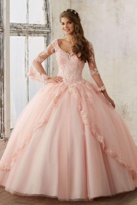 Beaded Lace on a Princess Tulle Quinceañera Ball Gown M5829