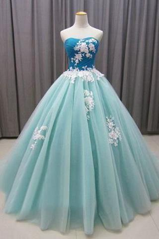 Sweetheart Neckline Ball Gown Prom Dress with Appliques Lace M7986