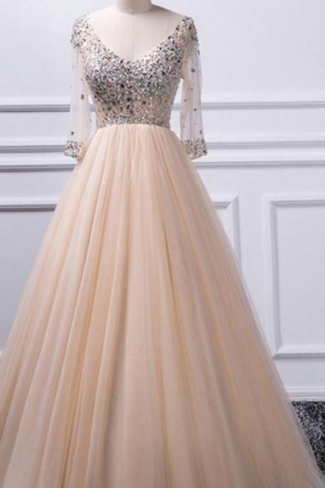 Charming A-line V-neck beaded top Tulle Prom dress M9025