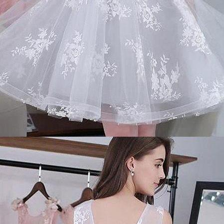 Mini Homecoming Prom Dress Short Silver Dresses With Lace Up Applique Round Luscious Homecoming Dresses M3259